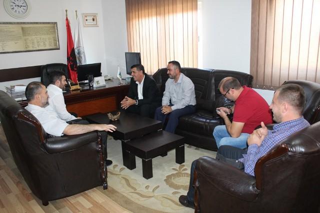 Kreu i Komunës së Gjilanit  Lutfi Haziri uron festën e Kurban Bajramit