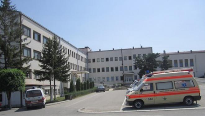 Në QKUK dhe Spitale po trajtohen 627 pacientë, prej tyre 424 të konfirmuar me COVID-19