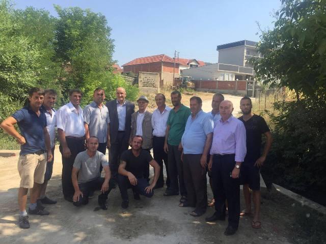 Kreu i Komunës inspekton nga afër projektet infrastrukturore në Ballancë