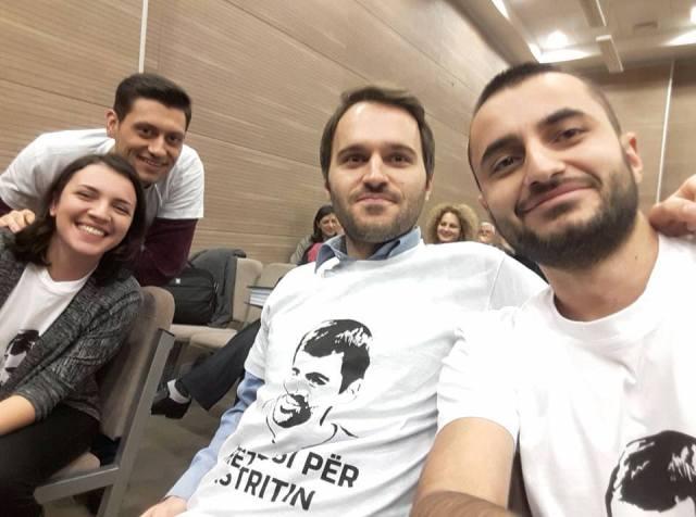 Katër aktivistët lirohen pas një viti paraburgim dhe arrest shtëpiak