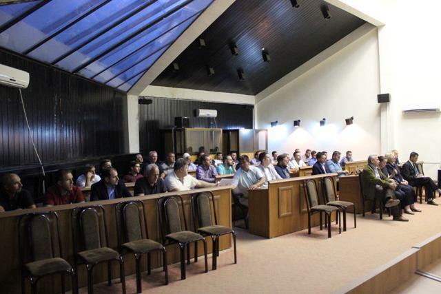 Mbahen debatet e fundit për buxhetin 2018-2020 me afaristët dhe qytetarët e Vitisë