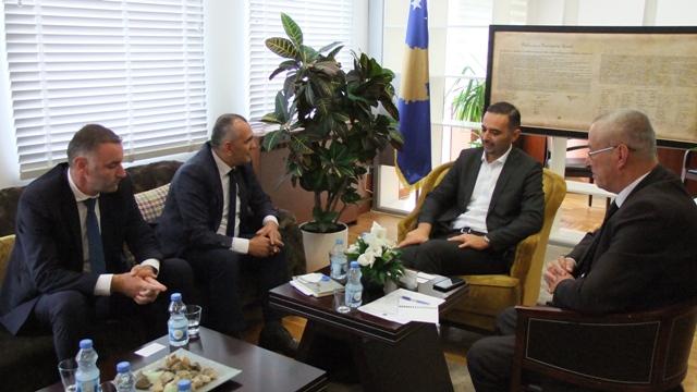 OAK pritet në takim nga Ministri Lluka!
