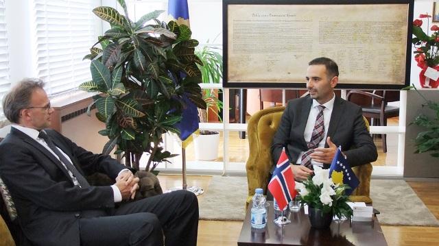 Norvegjia rikofirmon vazhdimin e mbështetjes për Kosovën