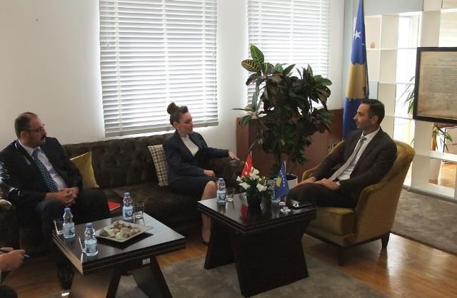 Turqia do të vazhdojë të mbështes zhvillimin ekonomik të Kosovës