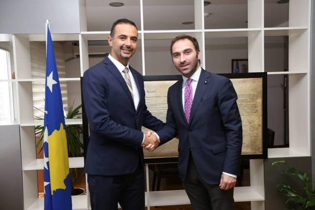 Stavileci i dorëzoi detyrën ministrit të ri të MZHE-së, Valdrin Lluka
