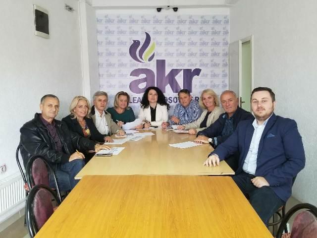 AKR: Të gatshëm për një fushatë dinjitoze