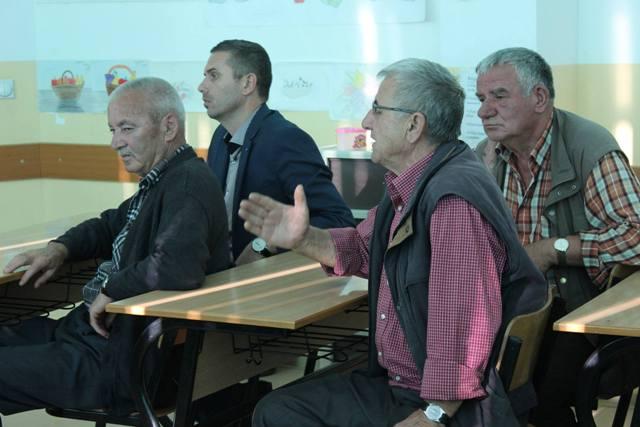 Mbahen diskutimet publike për planifikimin e buxhetit komunal në fshatrat Ramnishtë dhe Stubëll të Epërme