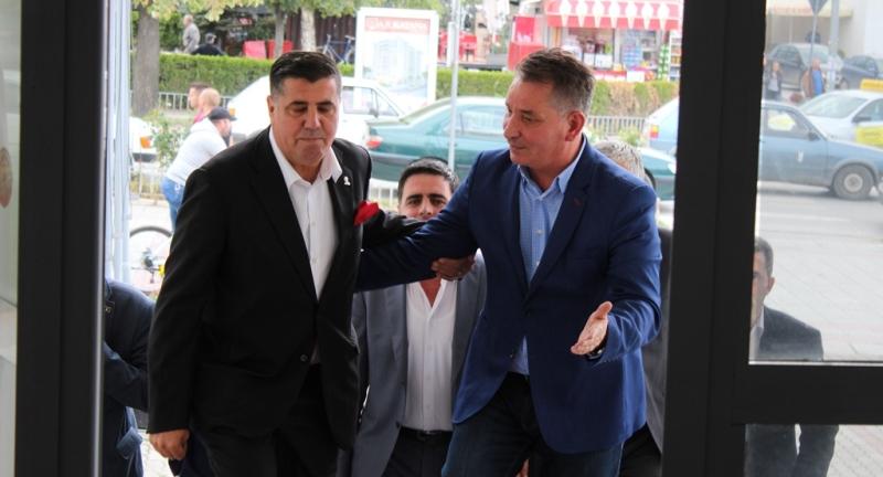 Lekaj në Gjilan, konfirmoi zotimin e kryeministrit Haradinaj për ndërtimin e Autostradës