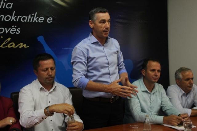 Kadri Veseli pret fitore dhe rikthim të PDK's në Gjilan me Zenun Pajazitin kryetar