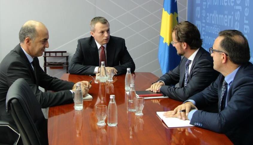 Ministri Reçica takon përfaqësuesin e FMN-së në Kosovë z. Ruud Vermeulen