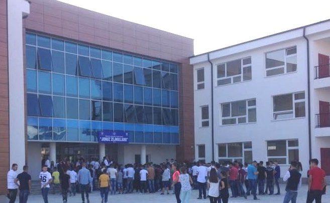 Haliti e Pira urojnë mësimdhënësit dhe nxënësit për fillimin e vitit të ri shkollor