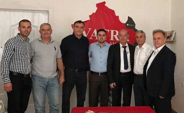 Drejtuesit e Vatrës me bashkëpunëtorë takojnë deputetin shqiptar të Parlamentit të Serbisë