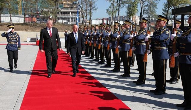 Kryeministri Haradinaj vizitoi Ministrinë për Forcën e Sigurisë së Kosovës