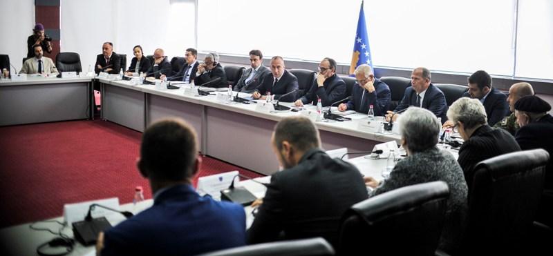 Kryeministri Haradinaj: Të punohet më shumë në çështjen e personave të pagjetur