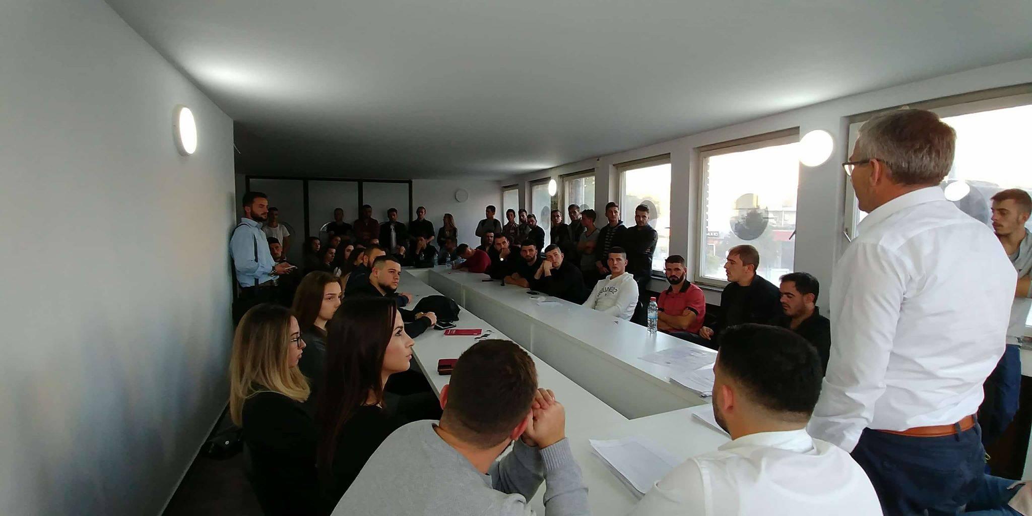 AAK: Rinia në përkrahje të fuqishme për Rexhep Kadriun