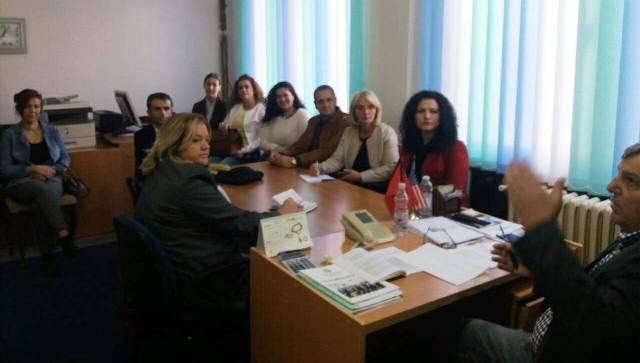 AKR vizitë shoqatës së pensionistëve