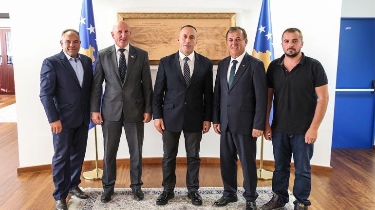Kryeministri Haradinaj takoi përfaqësuesit e Federatës së Boksit të Kosovës