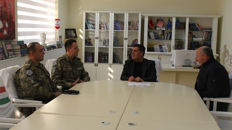 Kreu i Gjilanit takon komandantin e KFOR-it turk në Gjilan