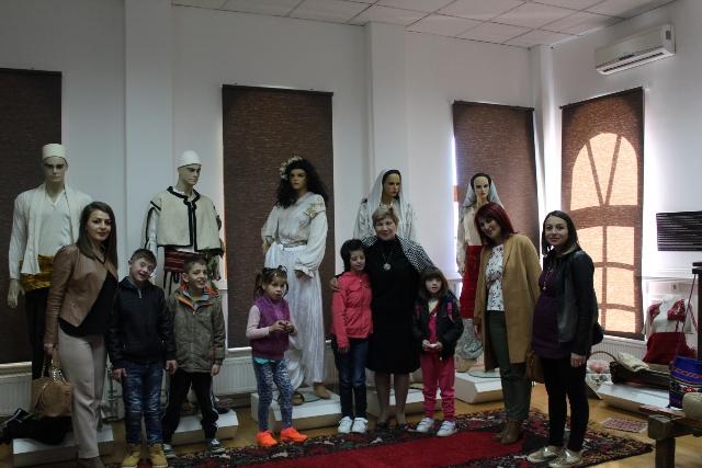 Fëmijët me nevoja të veçanta vizituan muzeun