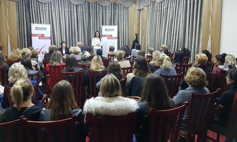 Gratë në përkrahje masive të kandidates Arbëreshë Kryeziu Hyseni