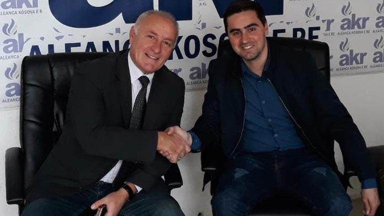 """AKR dhe 'Vatra"""" arrijnë marrëveshje që të jenë grup i përbashkët në Kuvend"""