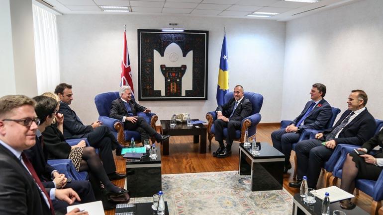 Kryeministri Haradinaj priti ministrin britanik Alan Duncan