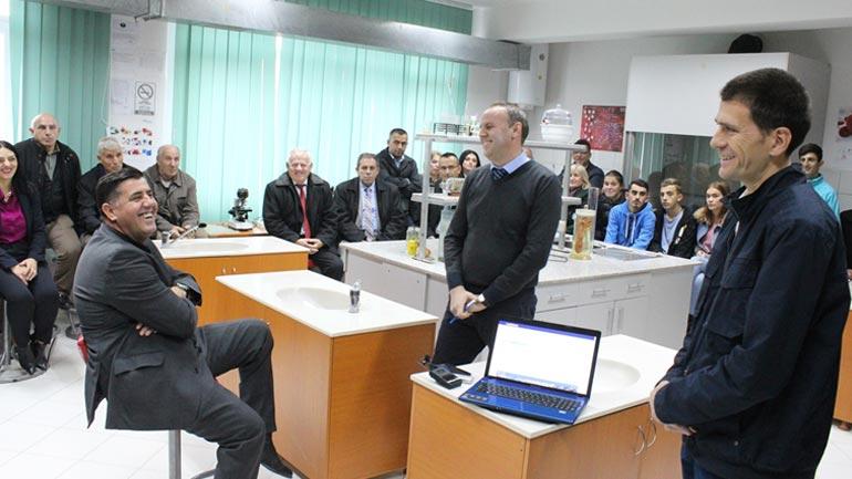 Gjilani lanson projektin e-arsimi.com, i pari në nivel të Republikës