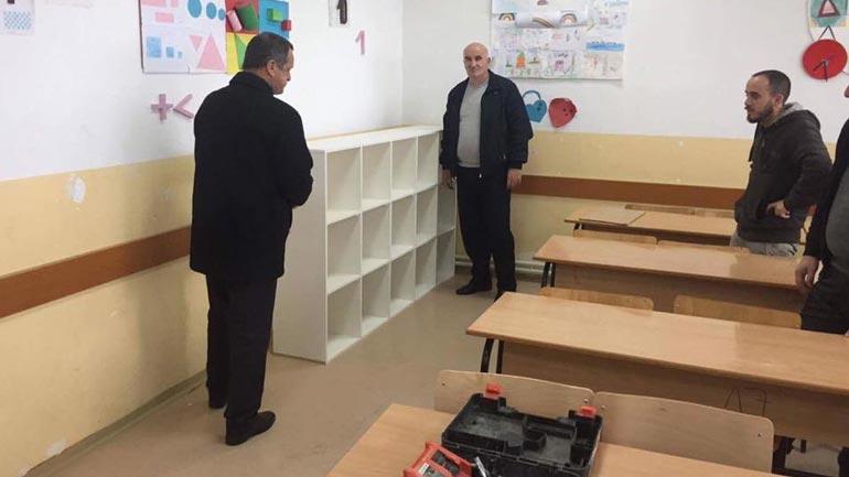 "Haliti inspekton punimet në shkollën ""Bafti Haxhiu"""