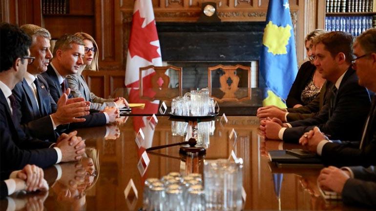 Presidenti Thaçi takon liderin e opozitës kanadeze