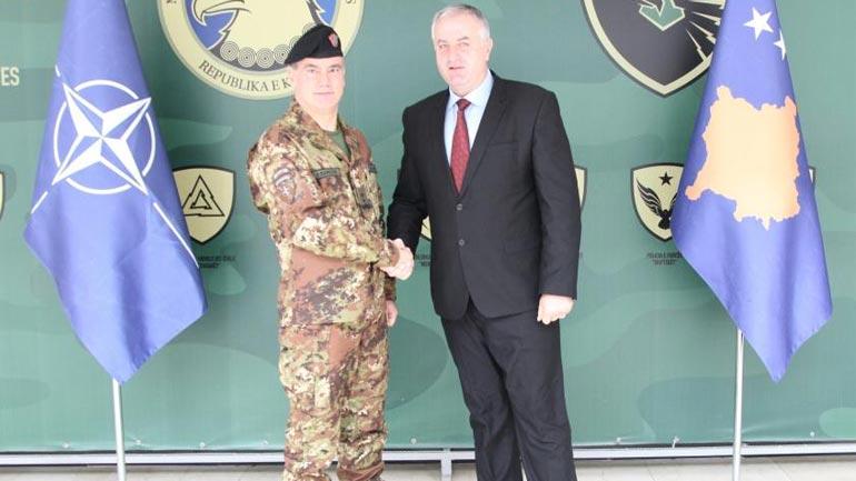 Ministri dhe komandanti i FSK-së pritën në takime të ndara komandantin e KFOR-it