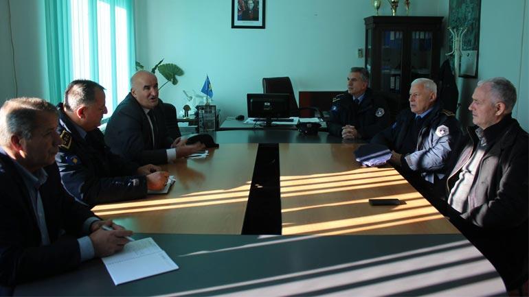 Bisedojnë rreth bashkëpunimit kundër kontrabandës në vijën kufitare Kosovë-Maqedoni
