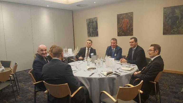 Ministri Lekaj flet në Bruksel për mospranimin e Kosovës në rrjetin evropian të tahografëve