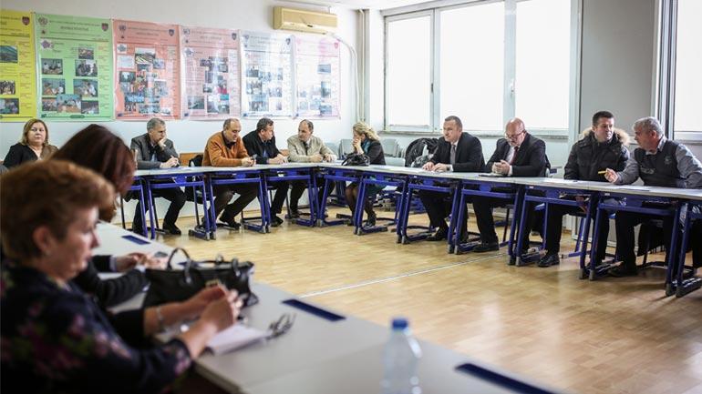 Ministri Ismaili premton mbështetje për QKMF-të dhe forcimin e Kujdesit Primar Shëndetësor