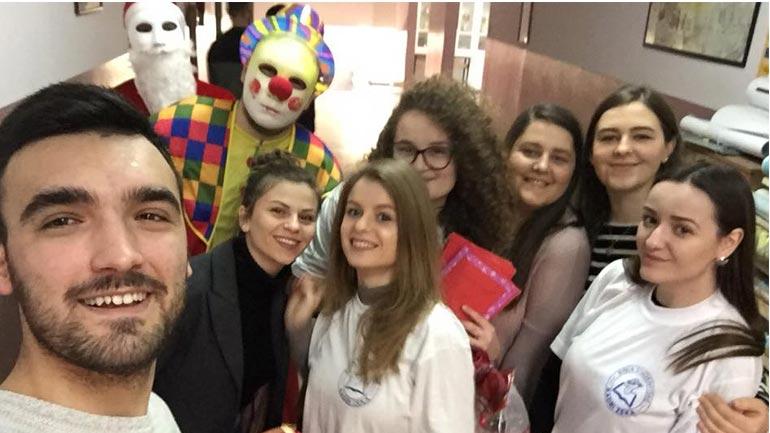 """""""Rinia Studentore – Kadri Zeka"""", dhurata në këtë fundviti për nxënësit me nevoja të veçanta"""