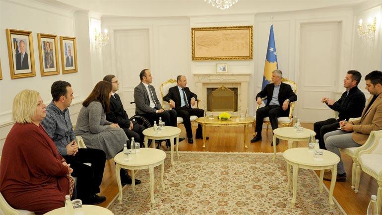 Presidenti Thaçi premton përkrahje për Forumin Kosovar për Aftësi të Kufizuara