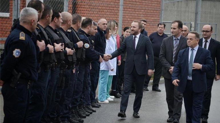 Ministri i Drejtësisë viziton Qendrën e Paraburgimit në Gjilan
