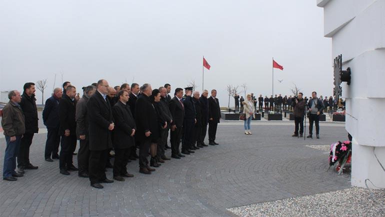 """Në Gjilan nis manifestimi """"Flaka e Janarit 2018"""" – i kushtohet Skënderbeut dhe demostratave për Flamur"""