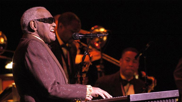 Ray Charles: Grahi Xhemë (Hit the Road Jack)