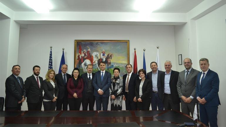 Rektori i UKZ-së ka pritur në takim Deputetët e Kuvendit të Kosovës nga Anamorava