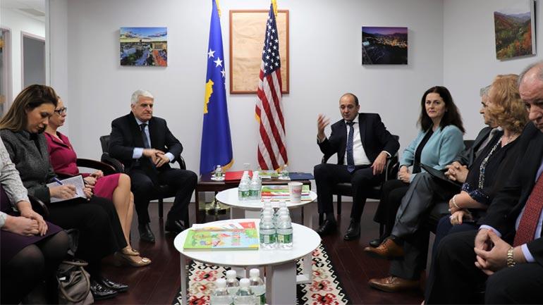 Adresa e parë e dy Ministrave të Diasporës – Shkolla Shqipe në New York