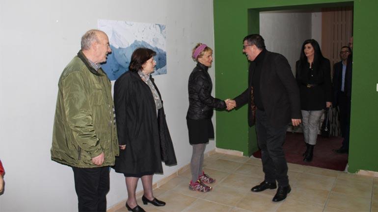 Lutfi Haziri apelon komunitetin e biznesit që ta mbështesin Uta Ibrahimin në ekspeditat e saj