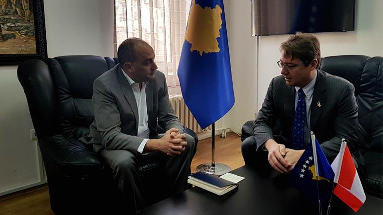 Thellohet partneriteti strategjik mes Kosovës dhe Kanadasë