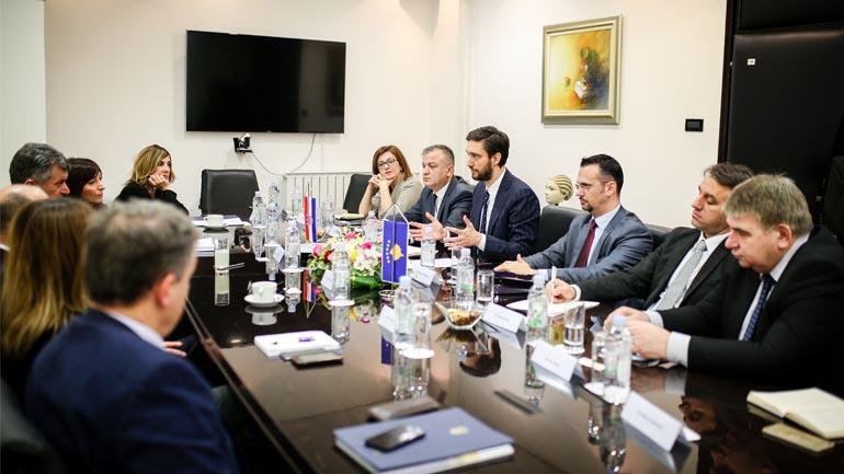 Ministri Ismaili merr mbështetjen e Kroacisë për reforma në shëndetësi