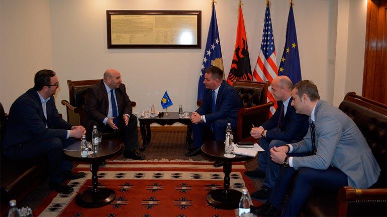 Ministri Lekaj priti në takim Konsullin e Nderit të Kosovës në Vjenë, David Ungar-Klein