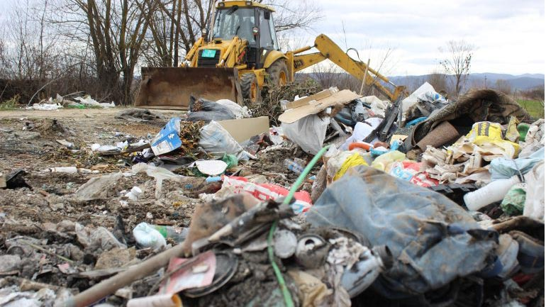 Aksion për largimin e deponisë së mbeturinave në hyrje të Pozheranit