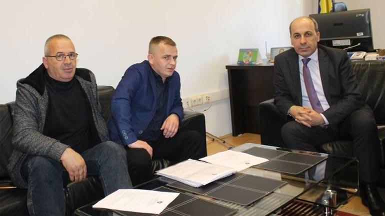 Zëvendësministri Musa priti në takim Shoqatën e Invalidëve Civil të Luftës