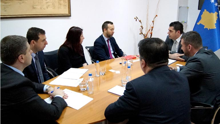Ministri Hasani priti në takim drejtorin e ri të BERZH-it, konfirmohet vazhdimi i mbështetjes për MTI-në