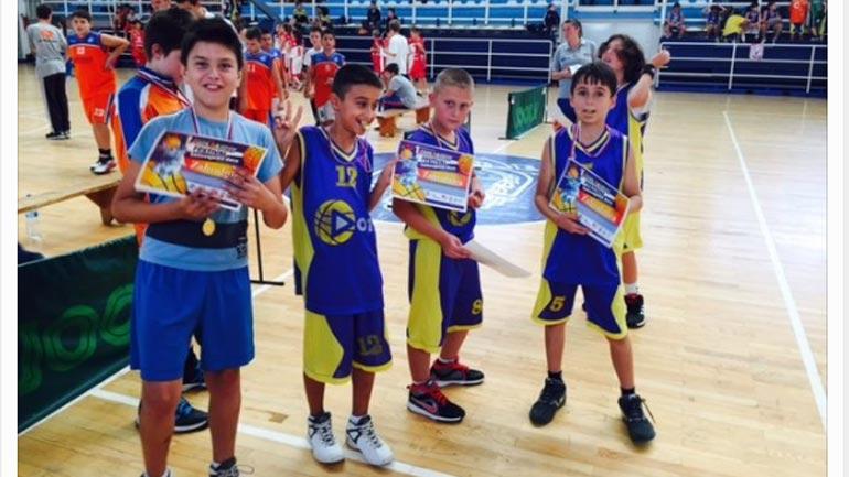 Bujanoci nikoqir i festivalit ndërkombëtar të basketbollit për fëmijë