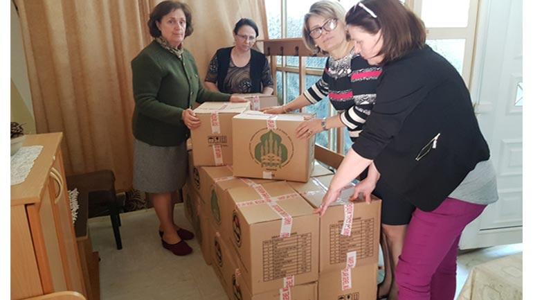 """KBI ndihmon me pako ushqimore Qendrën për Mbrojtjen e Grave dhe Fëmijëve """"Liria"""""""
