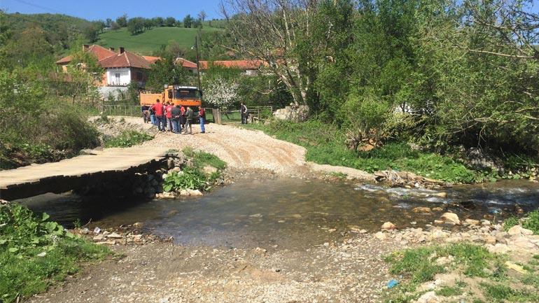 Filluan punimet në ndërtimin e urës në fshatin Letnicë